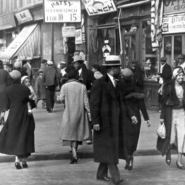 A street in Harlem's shopping district during the 1930's. Photo by PhotoQuest/Getty Images (Poetry Foundation)