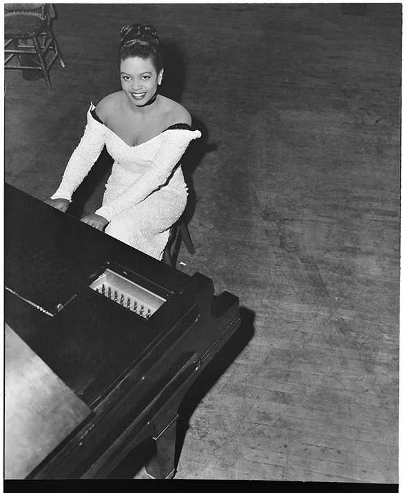 Hazel-Scott1949-Civic-Auditorium.-Al-Smith-MOHAI-Al-Smith-Collection